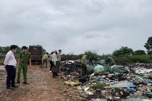 Tiêu hủy 600 kg hàng hóa vi phạm hành chính bị tịch thu