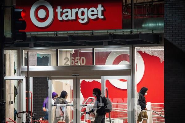 Hãng bán lẻ Target của Mỹ ghi nhận doanh số tăng mạnh nhất trong 58 năm