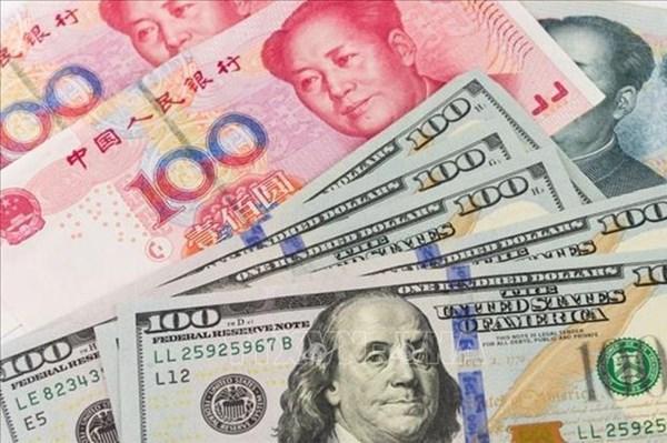 """Đồng USD - """"vũ khí"""" đe dọa ngành tài chính ngân hàng Trung Quốc"""