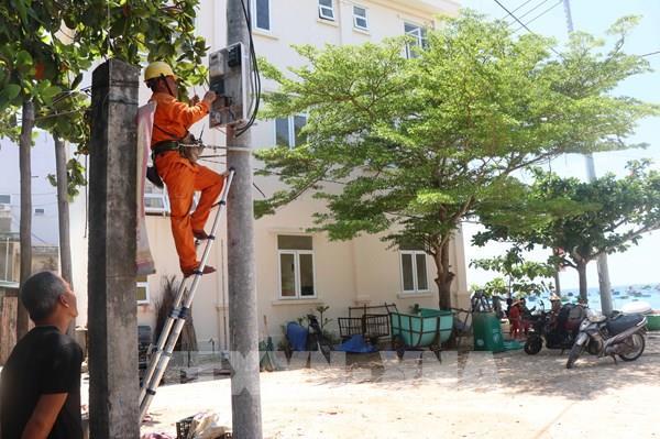 Bình Định: 600 hộ dân xã đảo Nhơn Châu được sử dụng điện lưới quốc gia