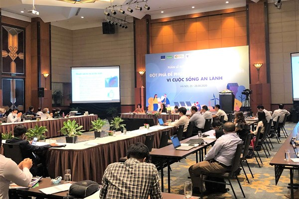 Khai mạc Tuần lễ Năng lượng tái tạo Việt Nam 2020