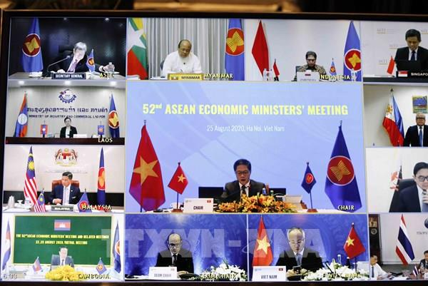 ASEAN 2020: Tăng cường sức mạnh nội khối, nâng cao vai trò của Cộng đồng Kinh tế ASEAN