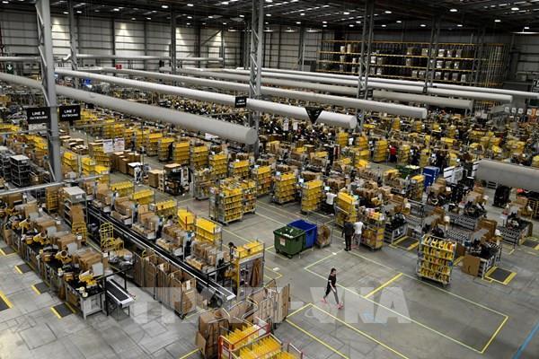 Amazon đặt mua 1.800 xe tải giao hàng chạy bằng điện