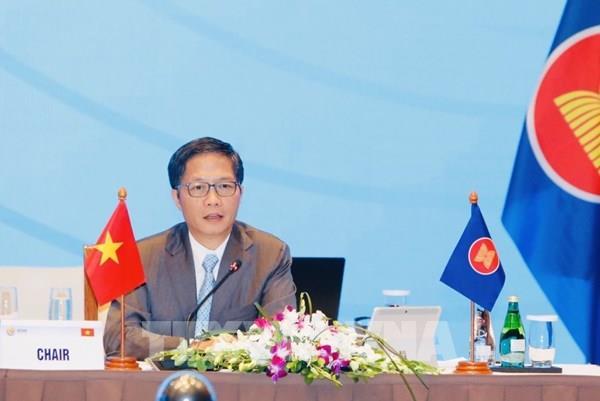 ASEAN 2020: Hợp tác thúc đẩy phát triển kinh tế và giảm thiểu rủi ro từ COVID-19