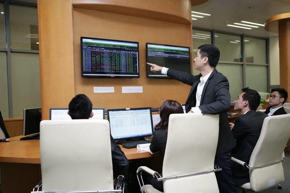Chứng khoán sáng 28/9: Cổ phiếu ngân hàng dẫn dắt đà tăng