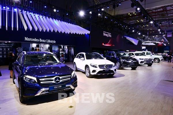 Mercedes-Benz Việt Nam ưu đãi cho khách mua xe trong tháng 9