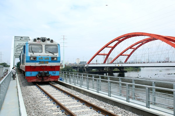 Kinh tế Tp. Hồ Chí Minh: Phát huy hiệu quả các nguồn lực xã hội