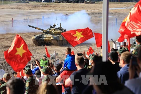 Việt Nam xuất sắc về nhất trong cuộc thi Xe tăng hành tiến tại Army Games 2020