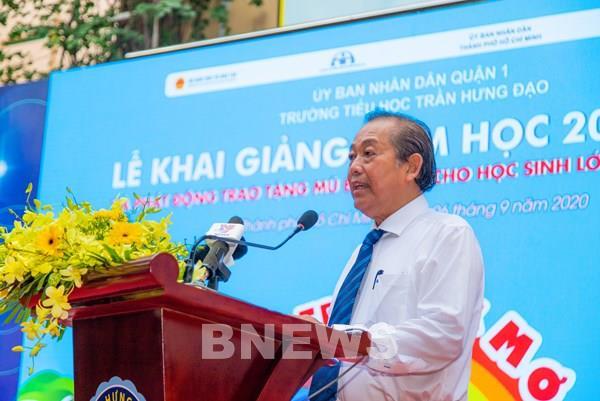 Honda Việt Nam tặng mũ bảo hiểm cho gần 2 triệu học sinh lớp Một toàn quốc