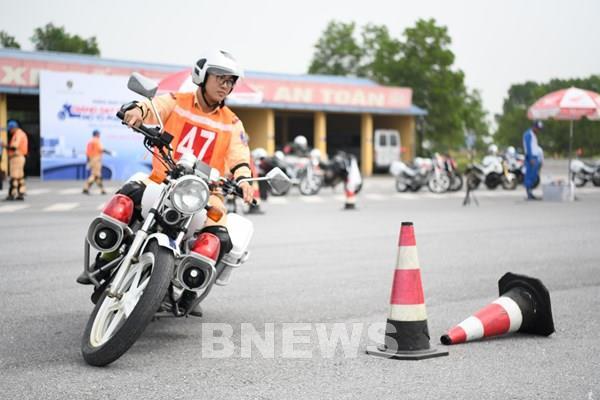 Honda Việt Nam tập huấn và đào tạo lái xe an toàn cho Cục Cảnh sát Giao thông