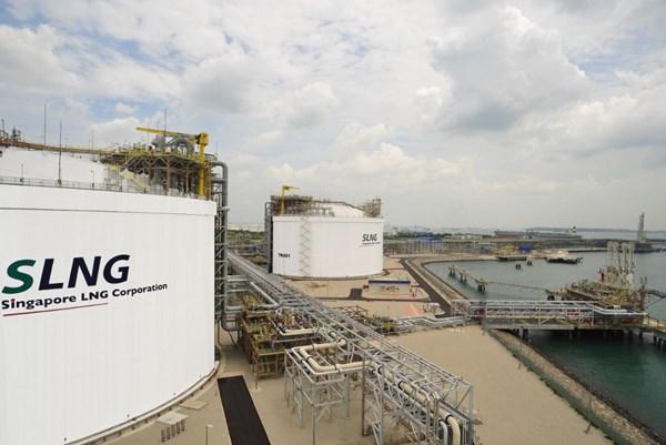 Hơn 50 công ty thiết lập cơ sở lưu trữ LNG tại Singapore