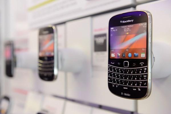 """Cú """"chuyển mình"""" ngoạn mục của BlackBerry"""