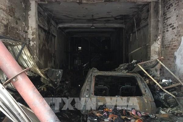 Thanh Hóa: Hỏa hoạn thiêu rụi căn nhà 3 tầng bán vàng mã