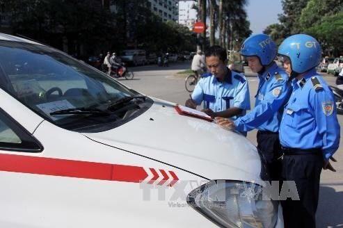 Thanh tra giao thông Hà Nội xử lý gần 1.000 taxi vi phạm trật tự an toàn giao thông