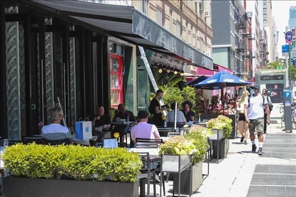 Từ 30/9, New York cho phép nhà hàng, quán ăn được phục vụ khách
