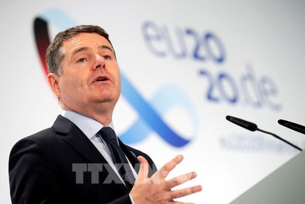Các bộ trưởng Eurozone cam kết tiếp tục hỗ trợ tài chính