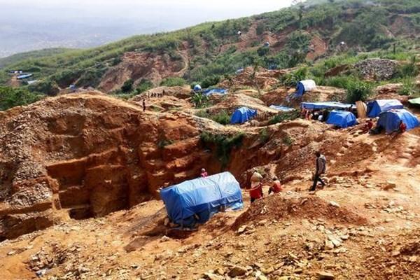 Ít nhất 50 người thiệt mạng trong vụ sập mỏ khai thác vàng tại CHDC Congo