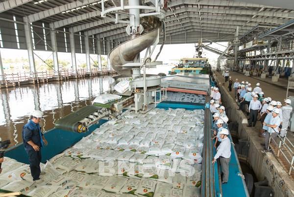 Đạm Cà Mau cán mốc sản lượng 7 triệu tấn phân đạm ure