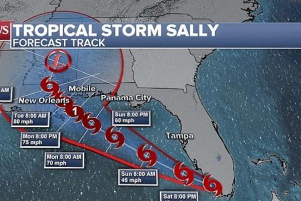 Bang Floria của Mỹ chuẩn bị đón bão nhiệt đới Sally