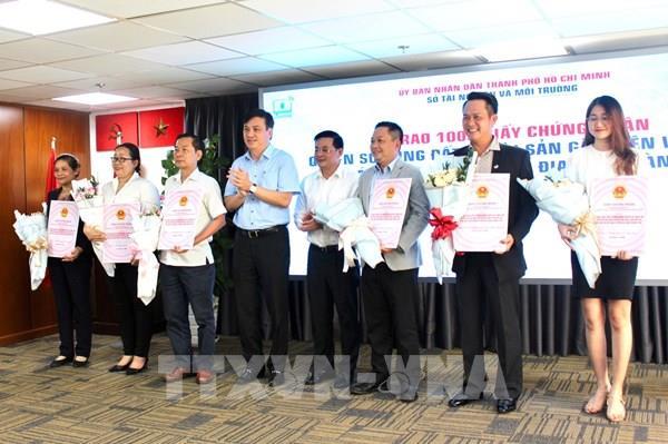 Tp Hồ Chí Minh trao 1000 giấy chứng nhận cho các dự án nhà ở trên địa bàn