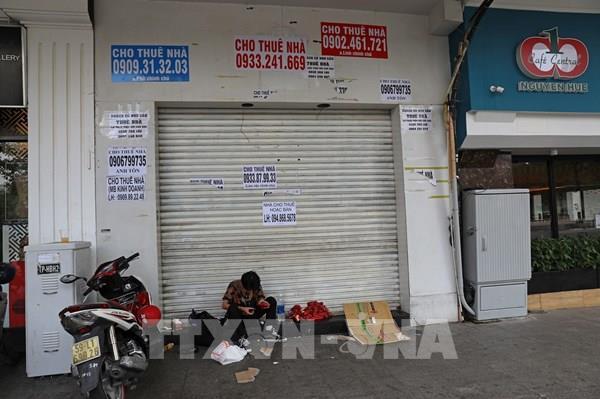 Hàng loạt cửa hàng khu vực trung tâm TP HCM phải đóng cửa do ế ẩm vì dịch COVID-19