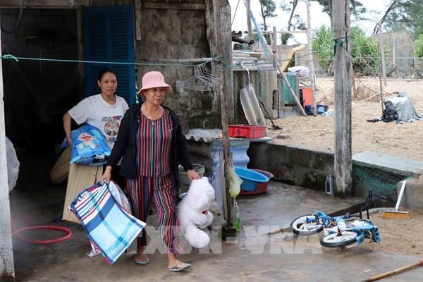 Quảng Nam: Đưa toàn bộ người dân xã đảo Tam Hải đến nơi an toàn trước khi bão đổ bộ