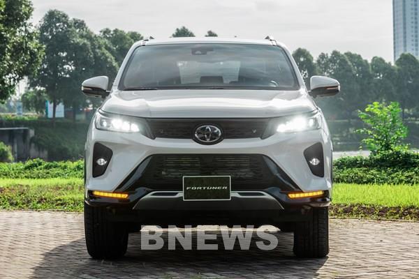 Toyota Việt Nam giới thiệu Fortuner nâng cấp, giá từ 995 triệu đồng