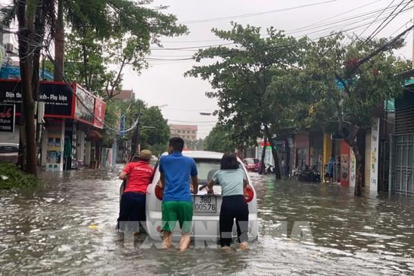 Hoàn lưu bão số 5 gây mưa to và ngập cục bộ tại Hà Tĩnh