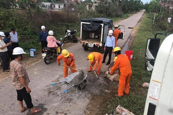 EVN tập trung lực lượng khắc phục thiệt hại của bão số 5
