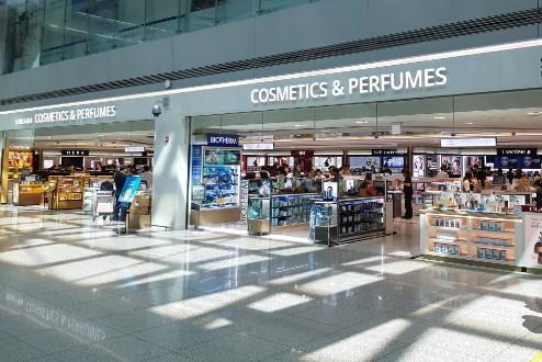 Các cửa hàng miễn thuế của Hàn Quốc gặp khó khăn do dịch COVID-19