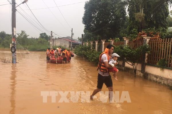 Bình Phước: Di chuyển 53 hộ dân ở thành phố Đồng Xoài đến nơi an toàn tránh lũ