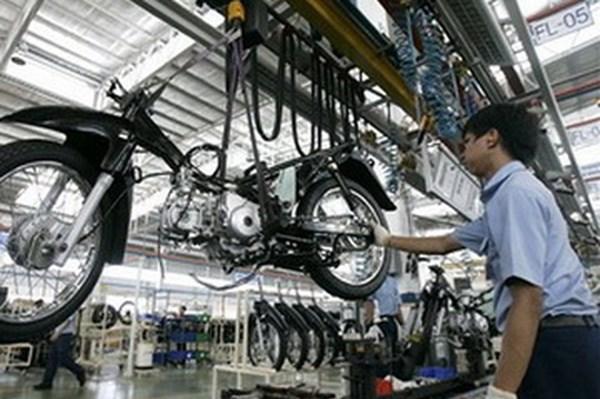 Dịch COVID-19: Indonesia điều chỉnh giảm 45% doanh số bán xe máy