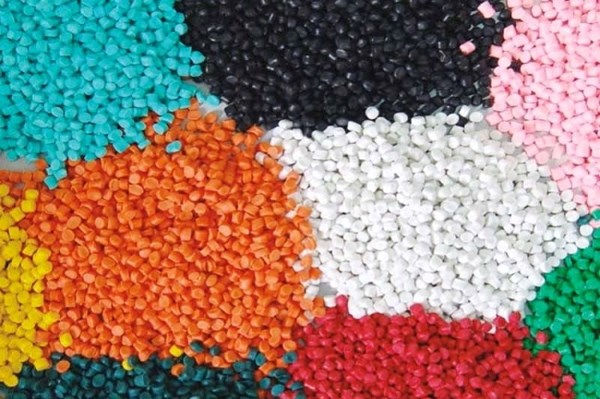 Đề nghị đưa Việt Nam khỏi danh sách điều tra tự vệ với hạt nhựa nhập khẩu