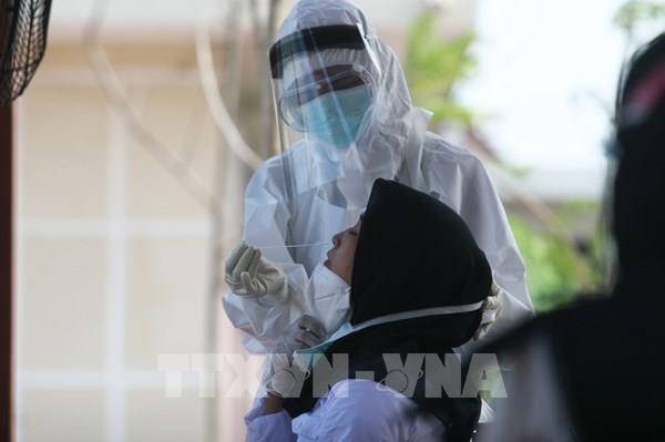 Indonesia phát minh công cụ phát hiện COVID-19 qua hơi thở