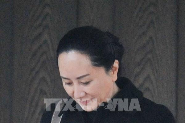 Vụ dẫn độ CFO Huawei: Tranh tụng về quy trình bắt giữ bà Mạnh Vãn Châu