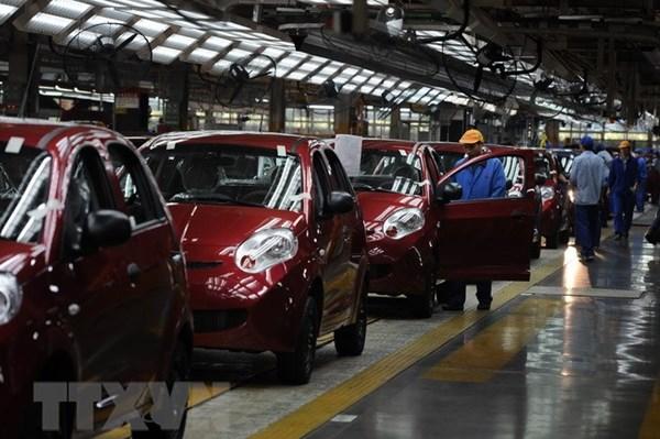 Doanh số bán ô tô tại Trung Quốc tăng trưởng tháng thứ hai liên tiếp