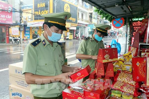 Lào Cai siết quản lý thị trường Tết Trung thu ở các chợ vùng cao biên giới