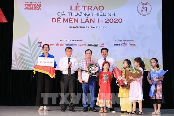 Ấn tượng Lễ trao Giải thưởng thiếu nhi Dế mèn lần thứ 1 - 2020