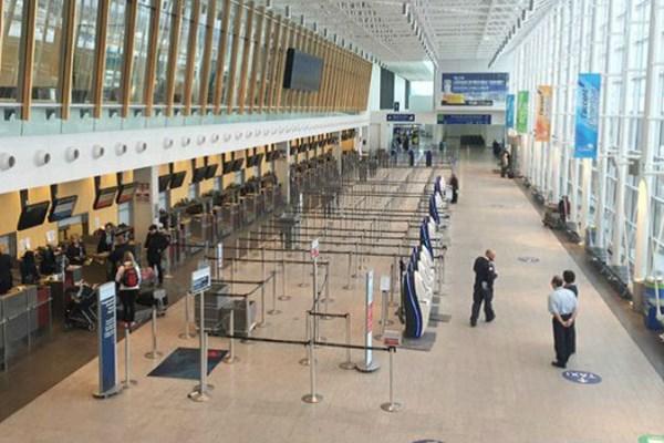 Canada bổ sung 11 sân bay tiến hành quét thân nhiệt bắt buộc đối với hành khách