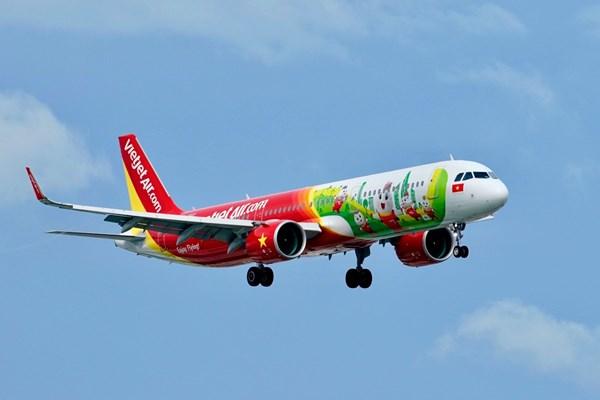 Vietjet Air khai thác trở lại các chuyến bay thương mại thường lệ đầu tiên