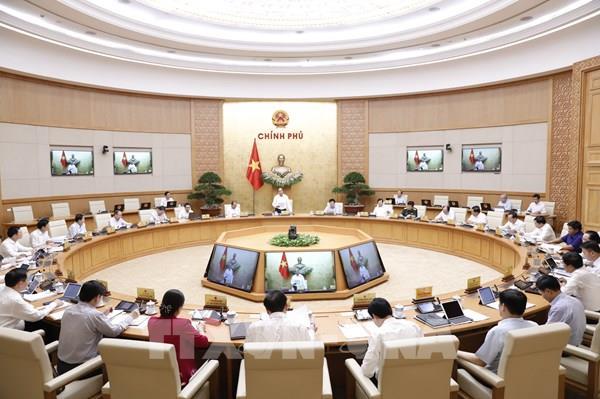 Thủ tướng Nguyễn Xuân Phúc: Tình hình kinh tế xã hội đang ngày càng tốt hơn