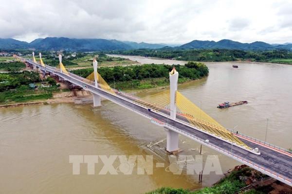 Khánh thành cầu Tình Húc bắc qua sông Lô