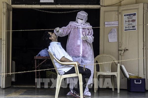 Số ca tử vong tại Ấn Độ vượt 100.000 người