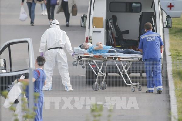 Bệnh nhân thủ đô Moskva được phát miễn phí thuốc đặc trị COVID-19