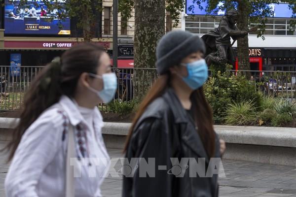 Thế giới ghi nhận gần 35 triệu ca nhiễm COVID-19