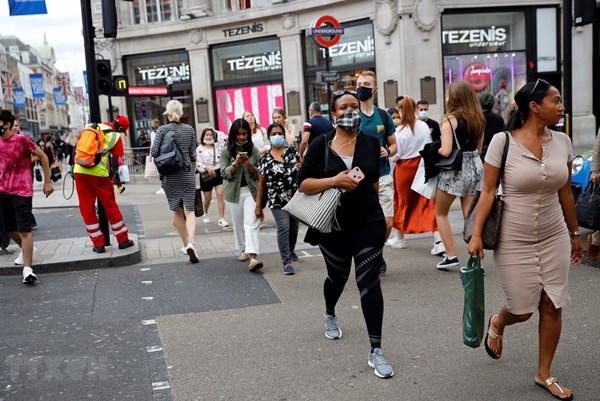 Gần một nửa doanh nghiệp Anh có doanh thu giảm trong quý III/2020