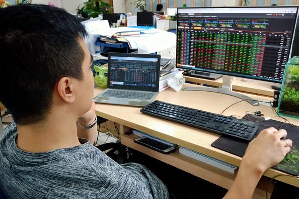 Nhận định chứng khoán tuần từ 5 - 9/10: Những góc nhìn khác biệt về xu hướng thị trường