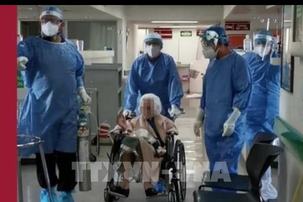 Cụ bà 103 tuổi chiến thắng COVID-19 ở Mexico