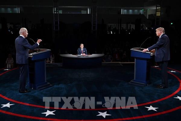 Tổng thống Trump và ứng cử viên Joe Biden so kè quyết liệt tại tiểu bang Ohio