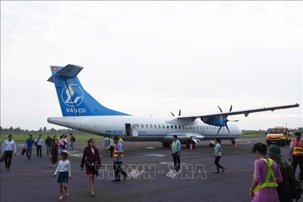 Đề nghị tăng tần suất bay thương mại đến Cảng hàng không Cà Mau